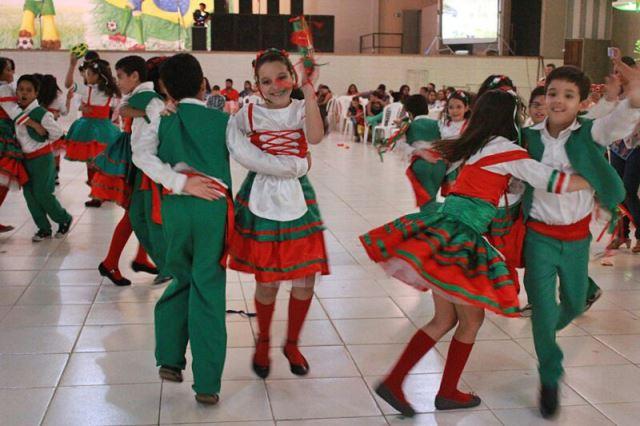 Muito Colégio CPI – Educação Infantil – Copa do Mundo no arraiá do CPI YU14